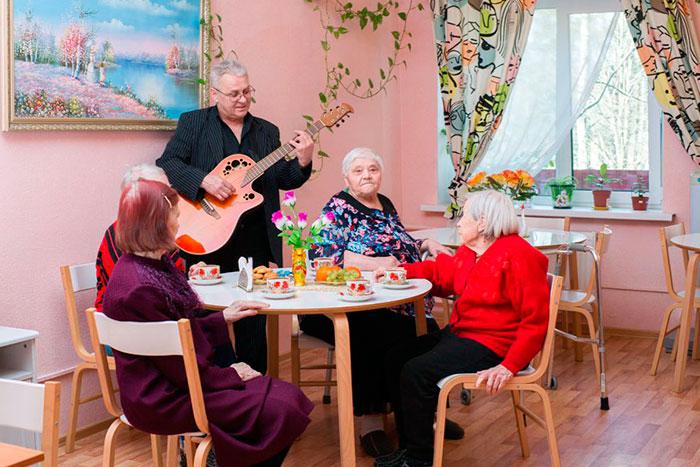 Досуг в частном пансионате для пожилых