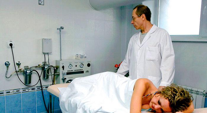 Сифонное орошение кишечника