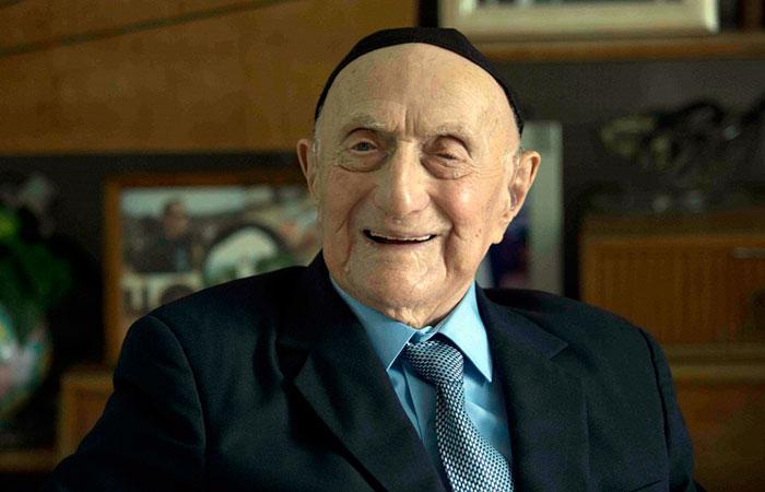 Исраэль Криштал - самый пожилой мужчина в мире
