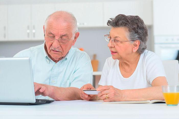 Оформление пенсионной кредитной карты онлайн