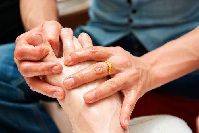 Массаж для лечения полинейропатии нижних конечностей