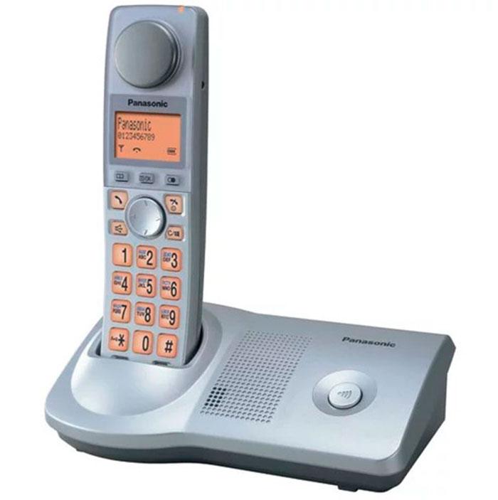 Телефон для слабослышащих людей - Panasonic KX-TG7175RU