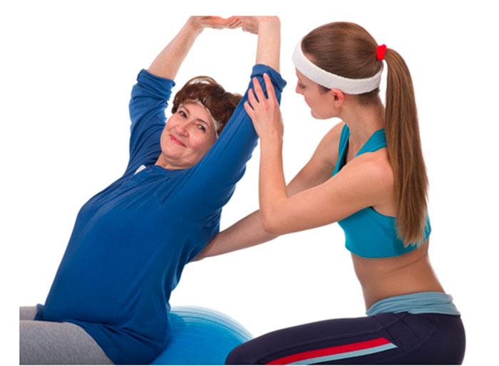 При занятиях вестибулярной гимнастикой необходима помощь профессионалов