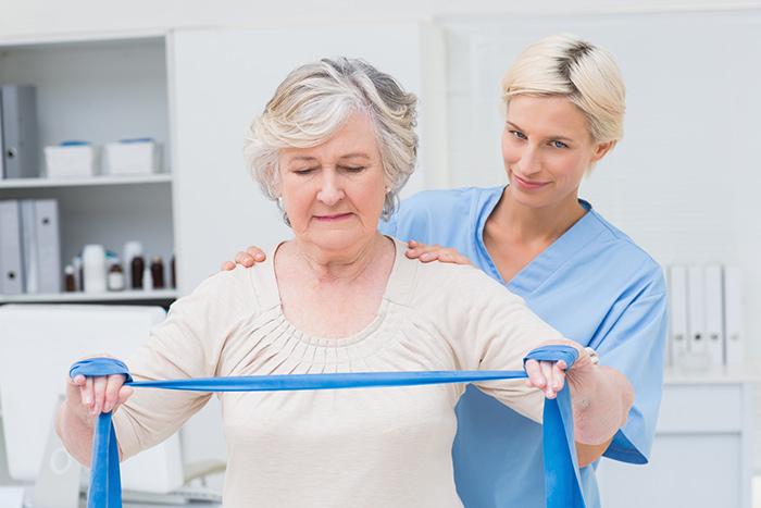 Занятия ЛФК для поддержания тонуса мышц у больных Паркинсоном