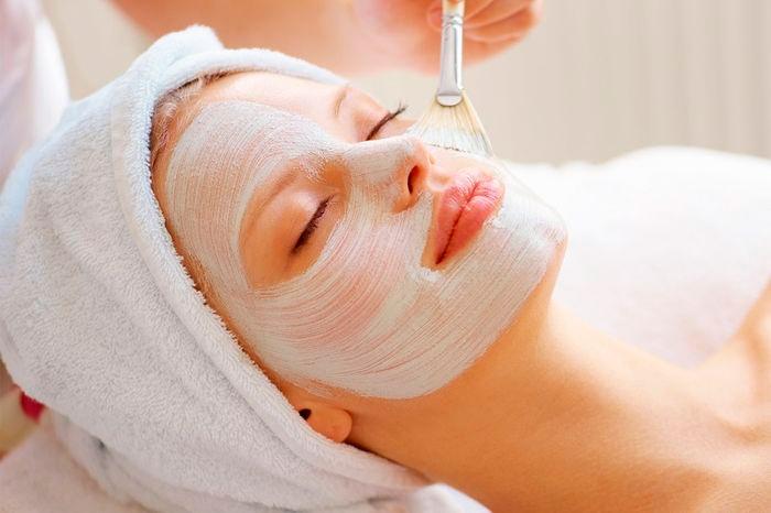 Сметанная маска для борьбы с дряблой кожей на шее