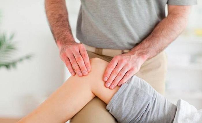 Массажное воздействие на мышцы при образовании контрактур