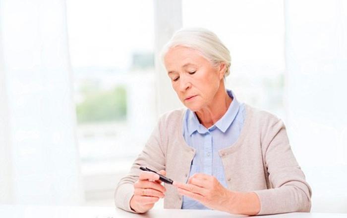 Постоянный контроль уровня инсулина при наличии сахарного диабета