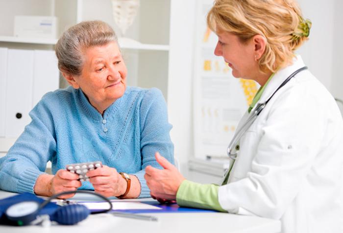 Обязательная консультация с лечащим врачом, перед назначением диабетической диеты