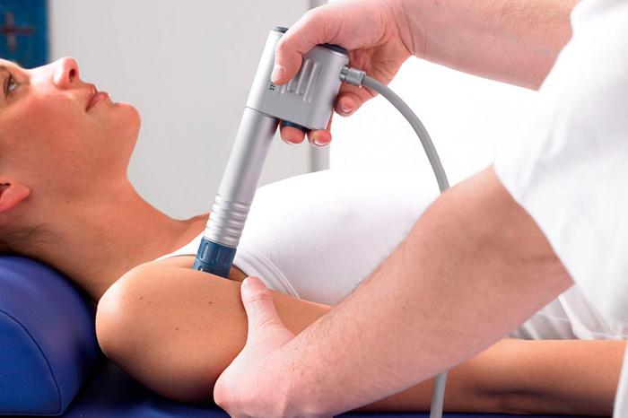 Ударно-волновая терапия для лечения тендинита сухожилия надостной мышцы плеча