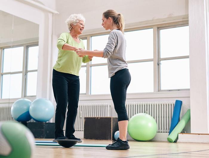 Упражнения на начальном этапе реабилитации после эндопртезирования тазобедренного сустава