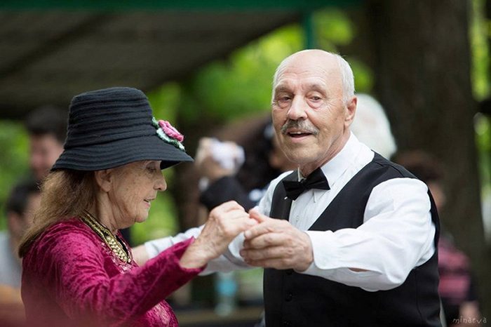 Увлечение танцами - отличный способ познакомиться с новыми людьми